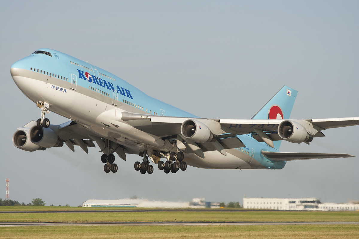 boeing 747 korean takeoff